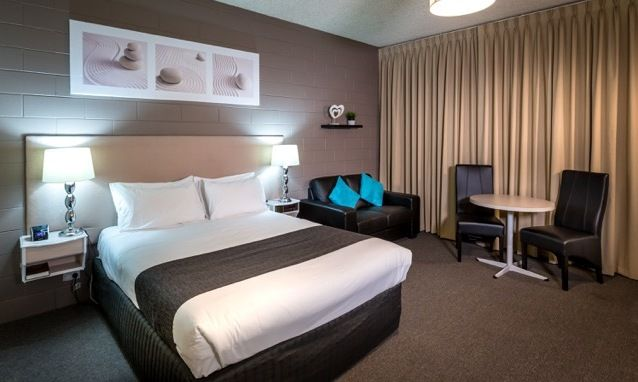 Executive Queen Hotel Room - Sale - Modern