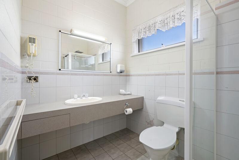 King Spa Room -  Bathroom